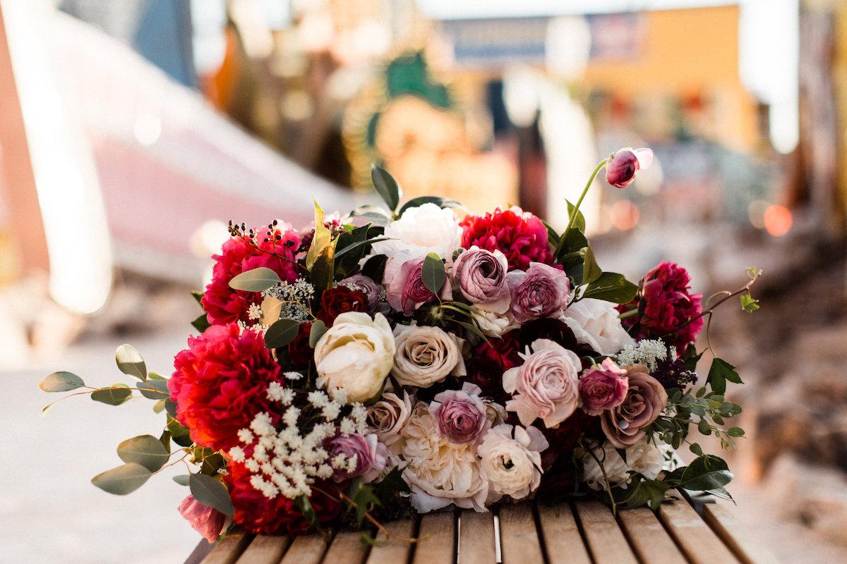 004A9894legendary-las-vegas-elopement.jpg