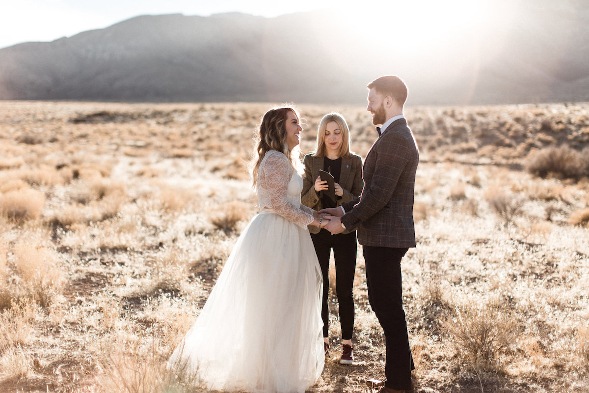 las vegas meadow elopement15.jpg