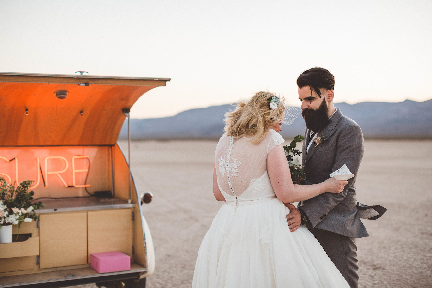 dry lake bed elopement27.jpg
