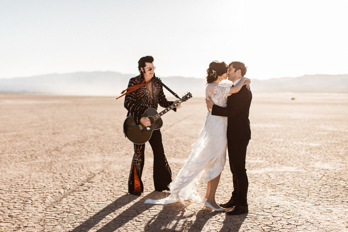 the desert elvis elopement29.jpg