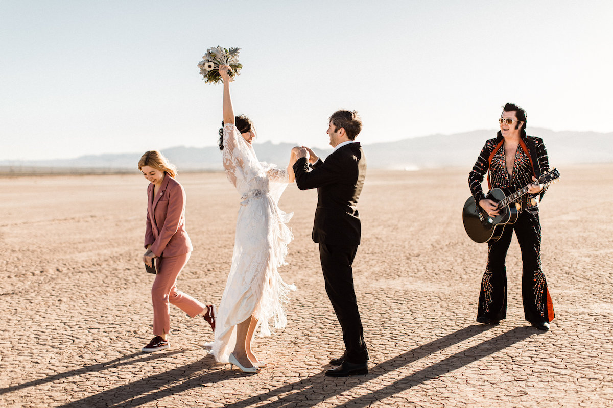 the desert elvis elopement35.jpg