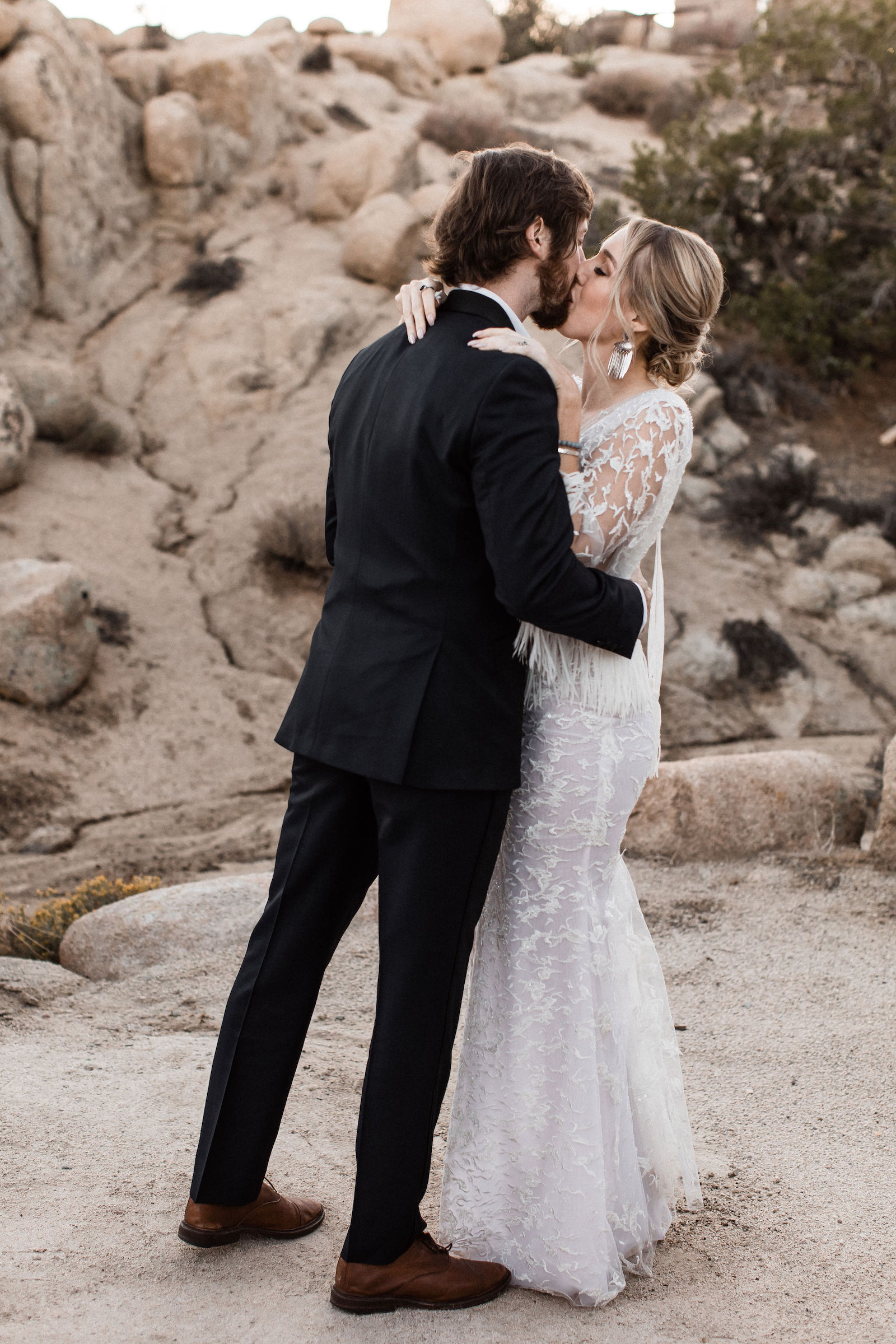 modern-joshua-tree-wedding00065.jpg