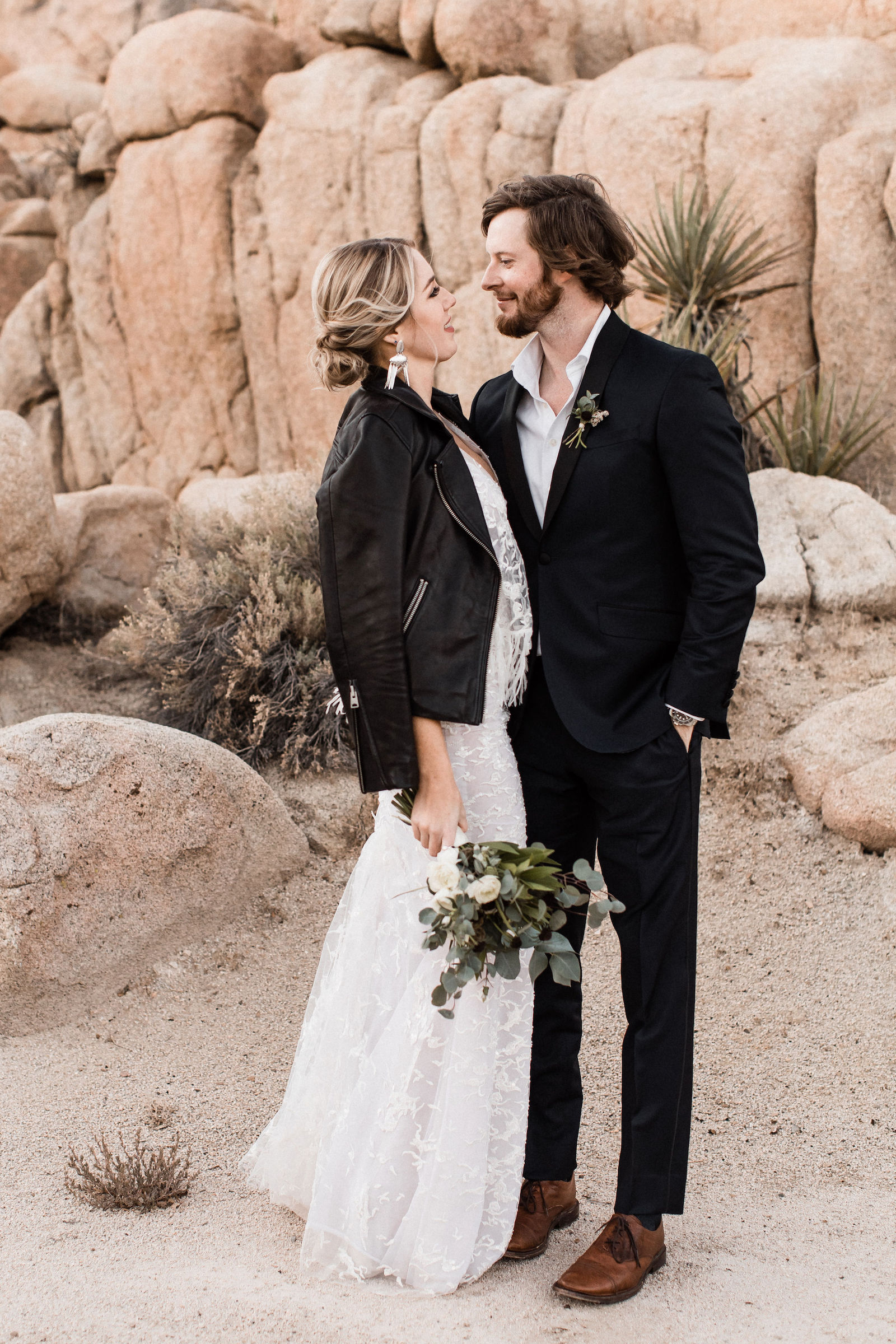 modern-joshua-tree-wedding00018.jpg
