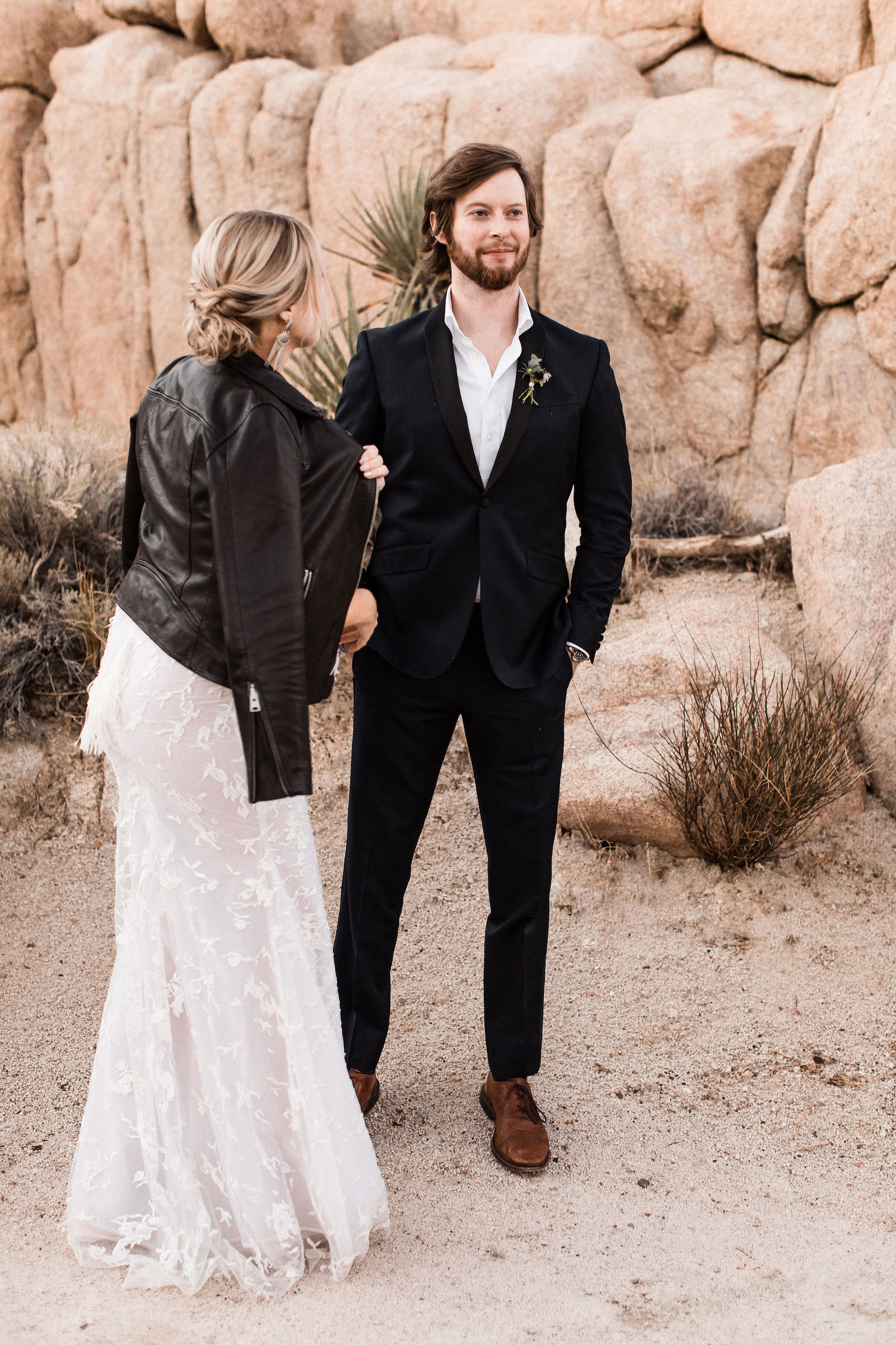 modern-joshua-tree-wedding00024.jpg