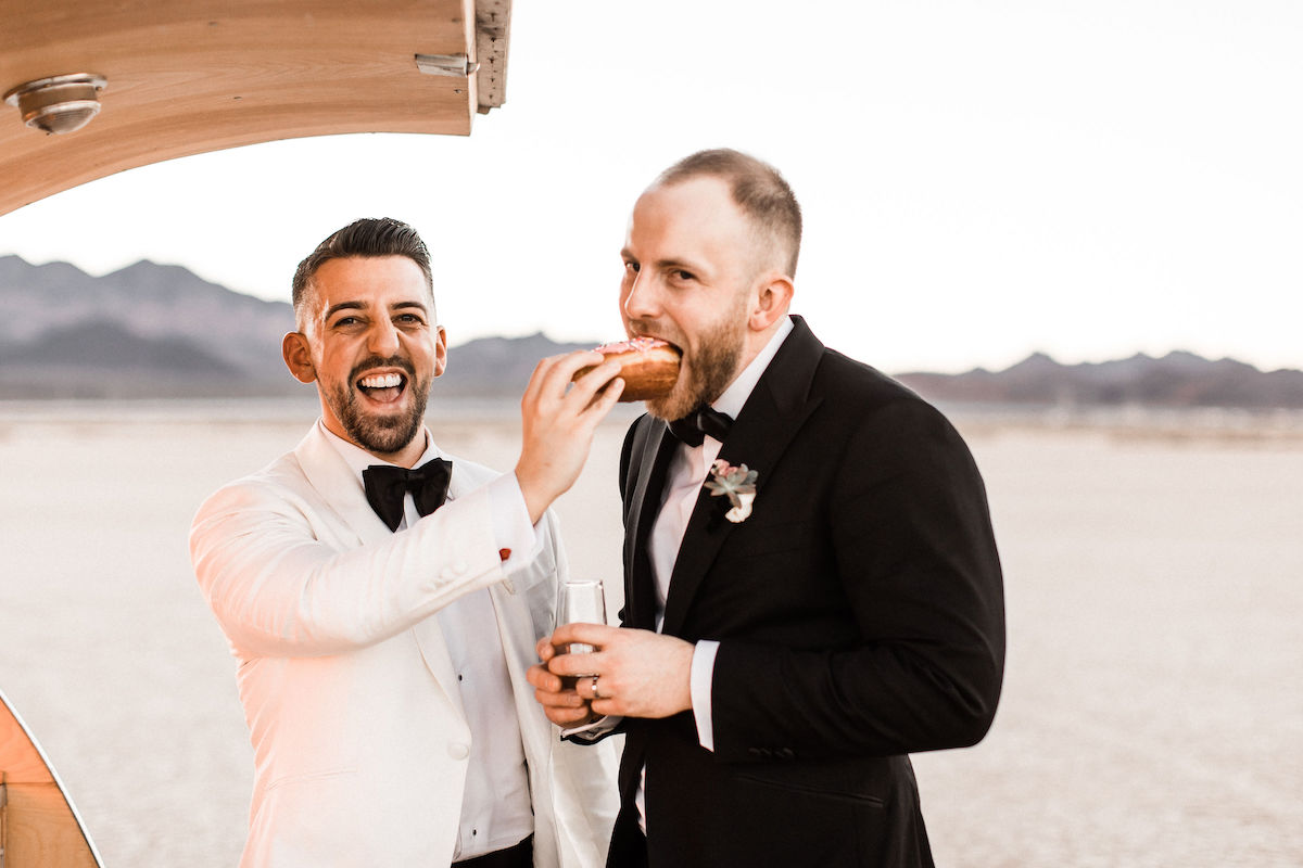 8J0A6724las-vegas-gay-elopement-dry-lake-bed.jpg