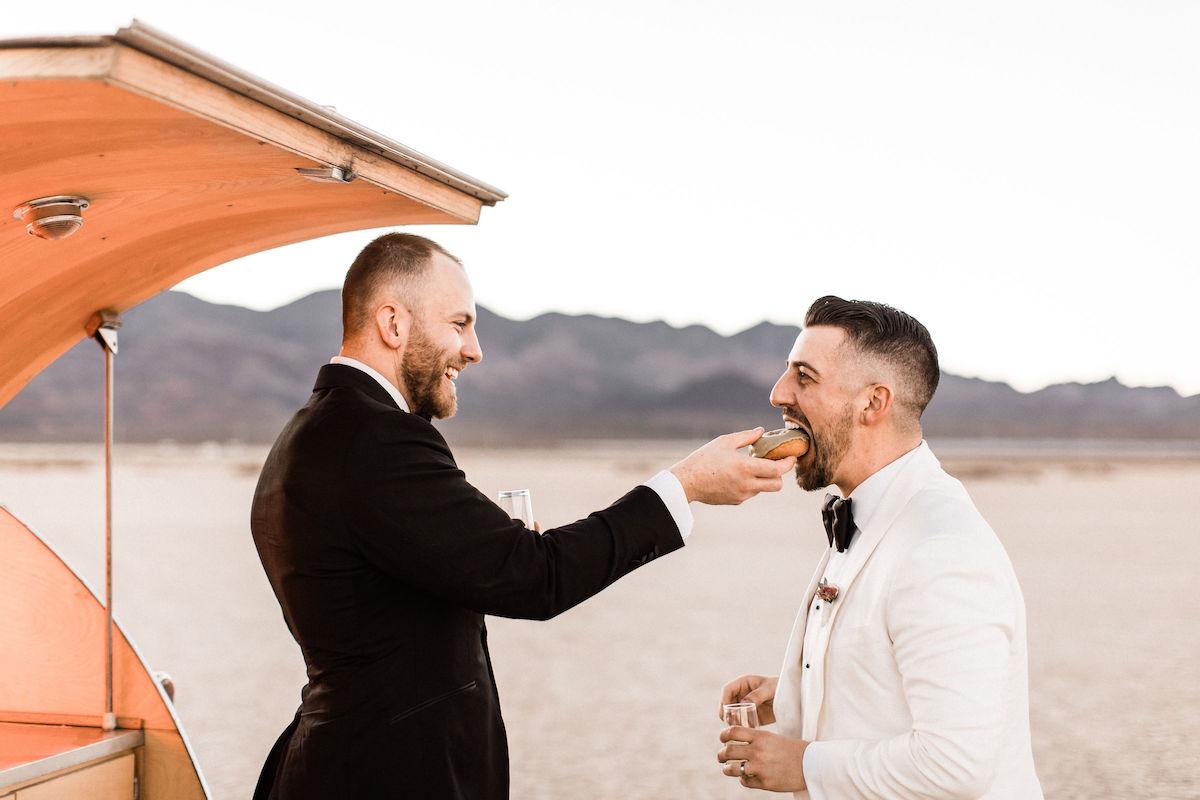 8J0A6744las-vegas-gay-elopement-dry-lake-bed.jpg