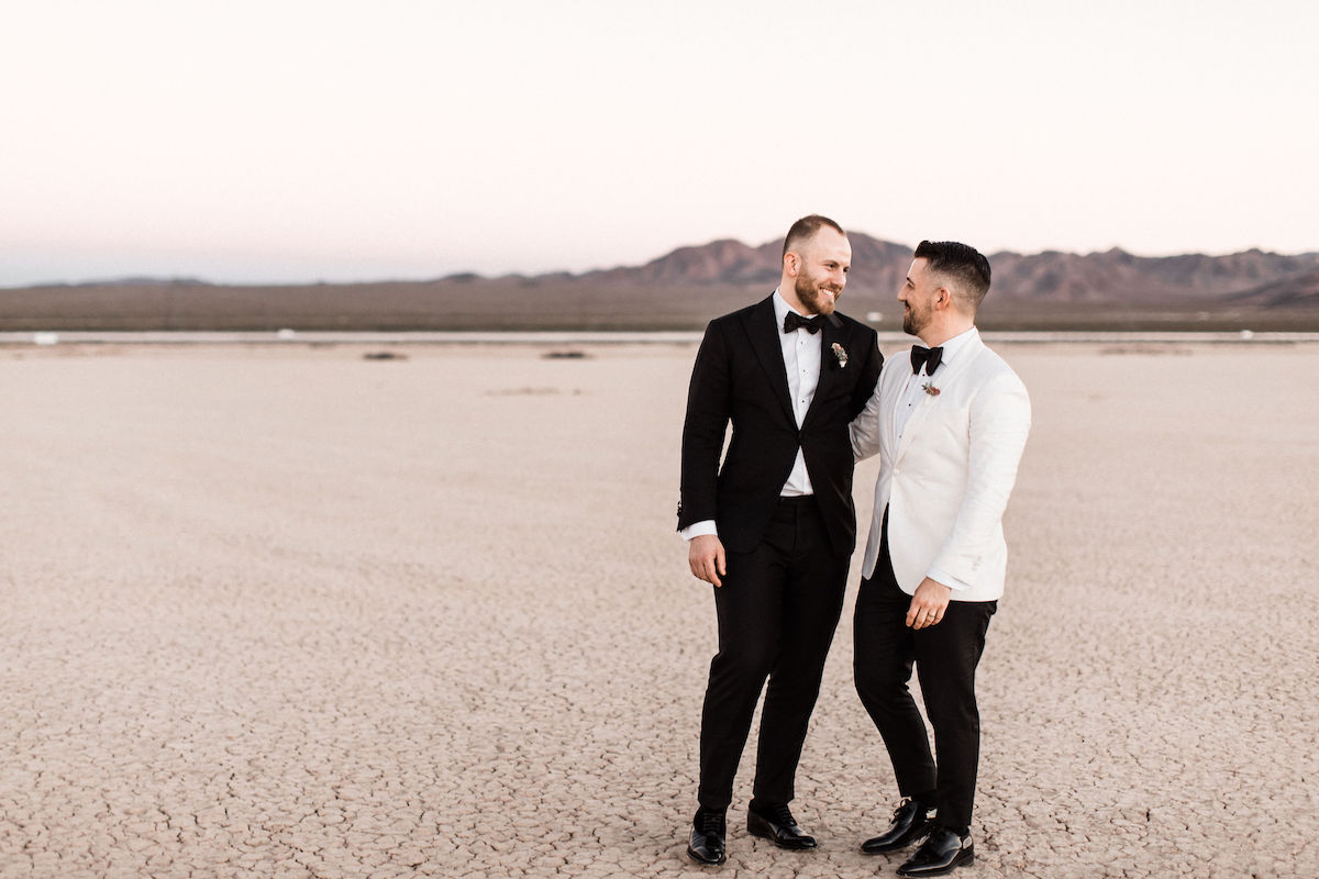 8J0A6805las-vegas-gay-elopement-dry-lake-bed.jpg