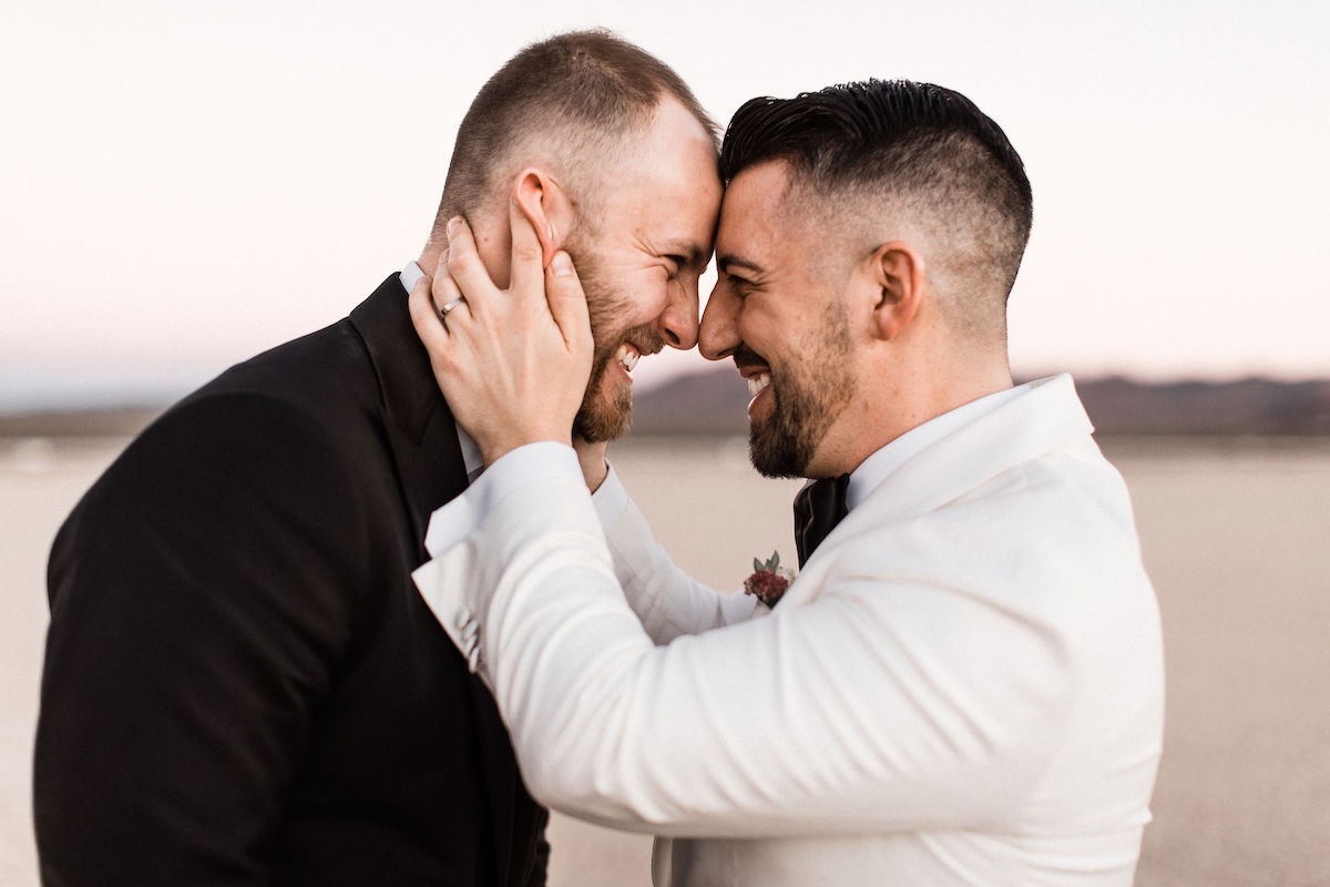 8J0A6822las-vegas-gay-elopement-dry-lake-bed.jpg