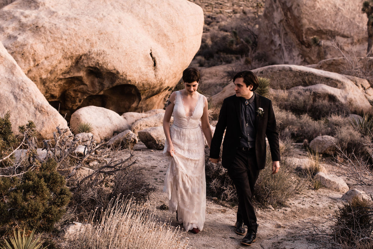 moody joshua tree wedding00039.jpg