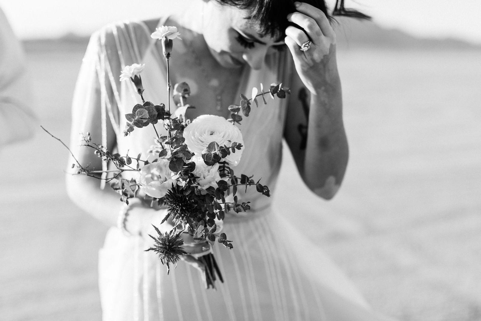 windy ddry lake bed flora pop wedding00021.jpg