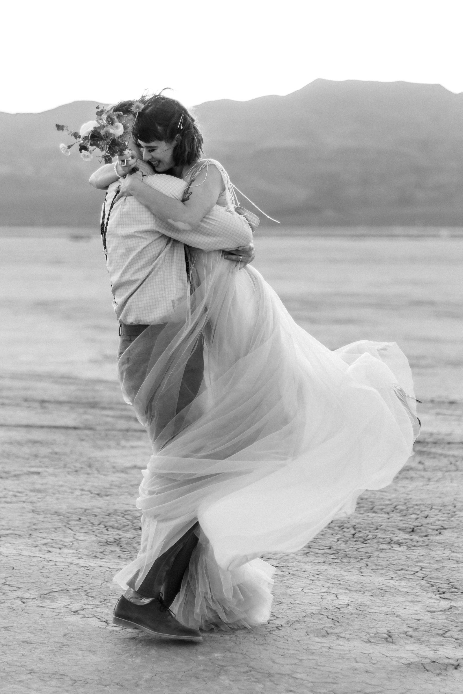 windy ddry lake bed flora pop wedding00031.jpg