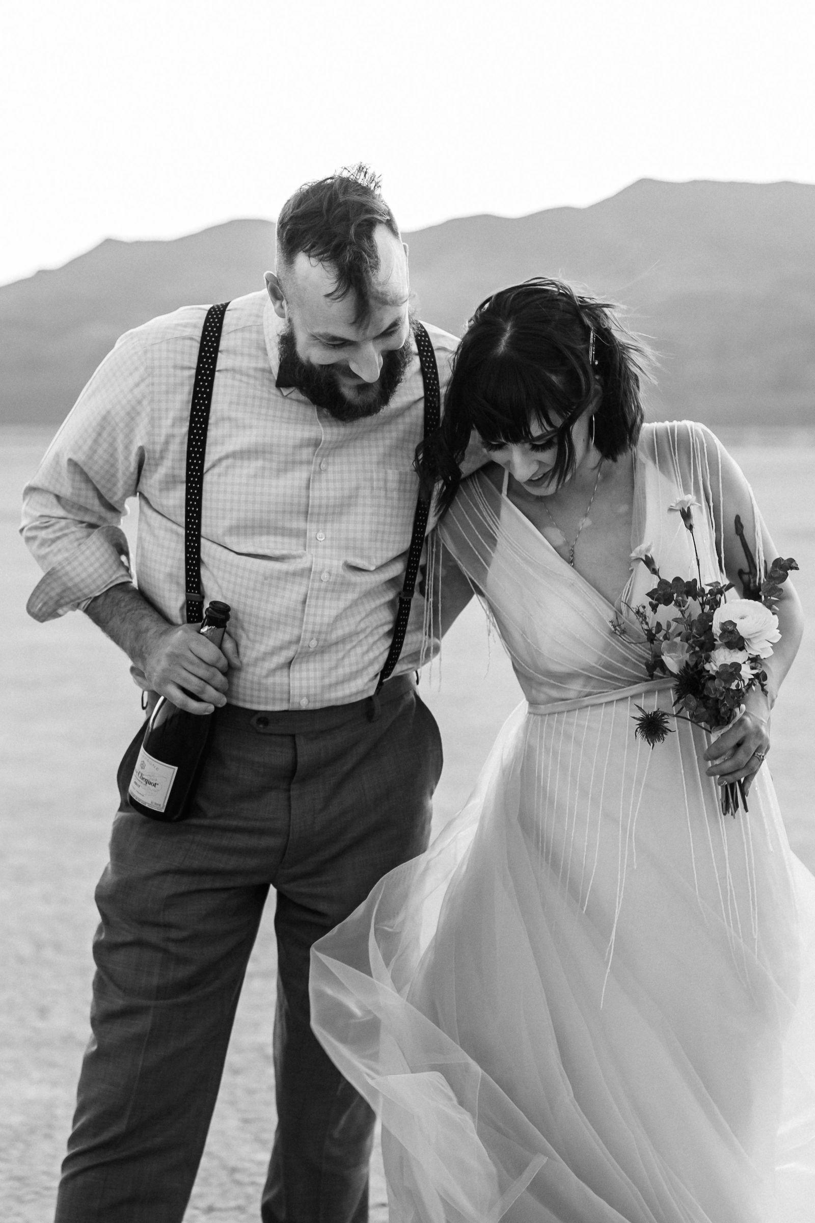 windy ddry lake bed flora pop wedding00042.jpg