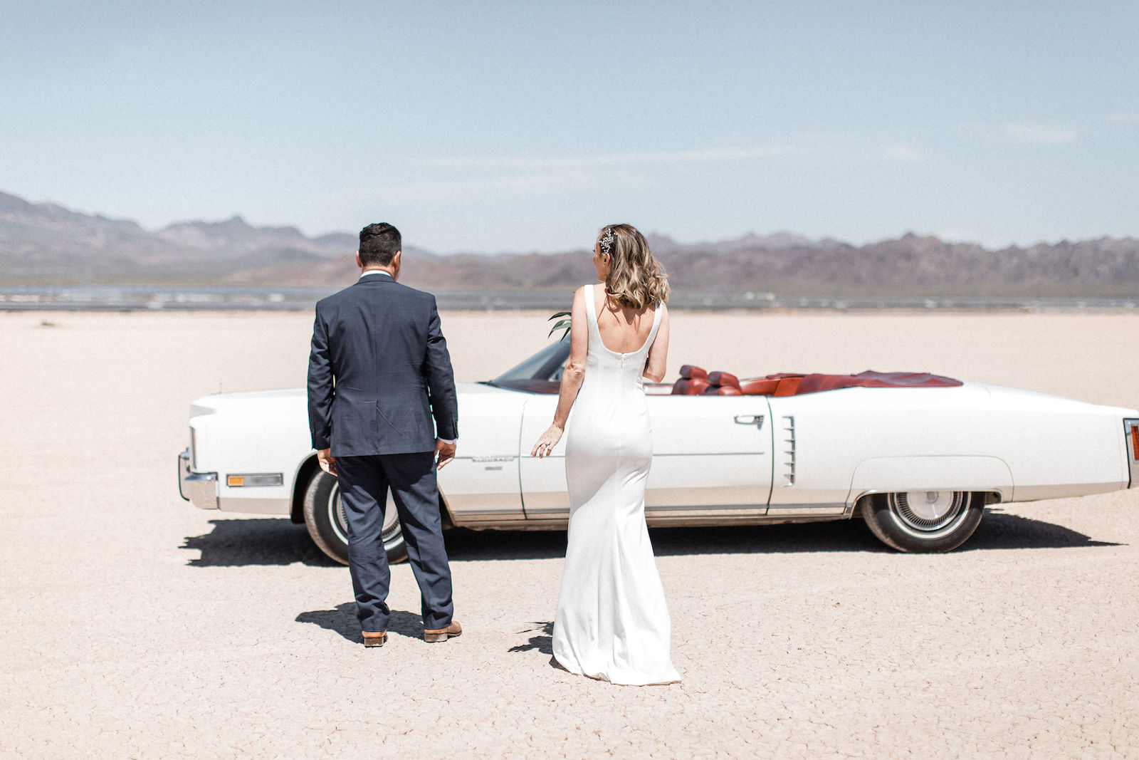 cadillac convertible dry lake bed elopement 00002.jpg