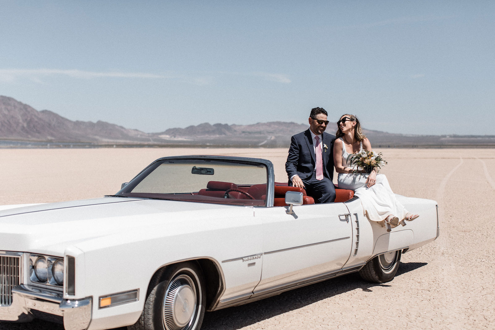 cadillac convertible dry lake bed elopement 00051.jpg