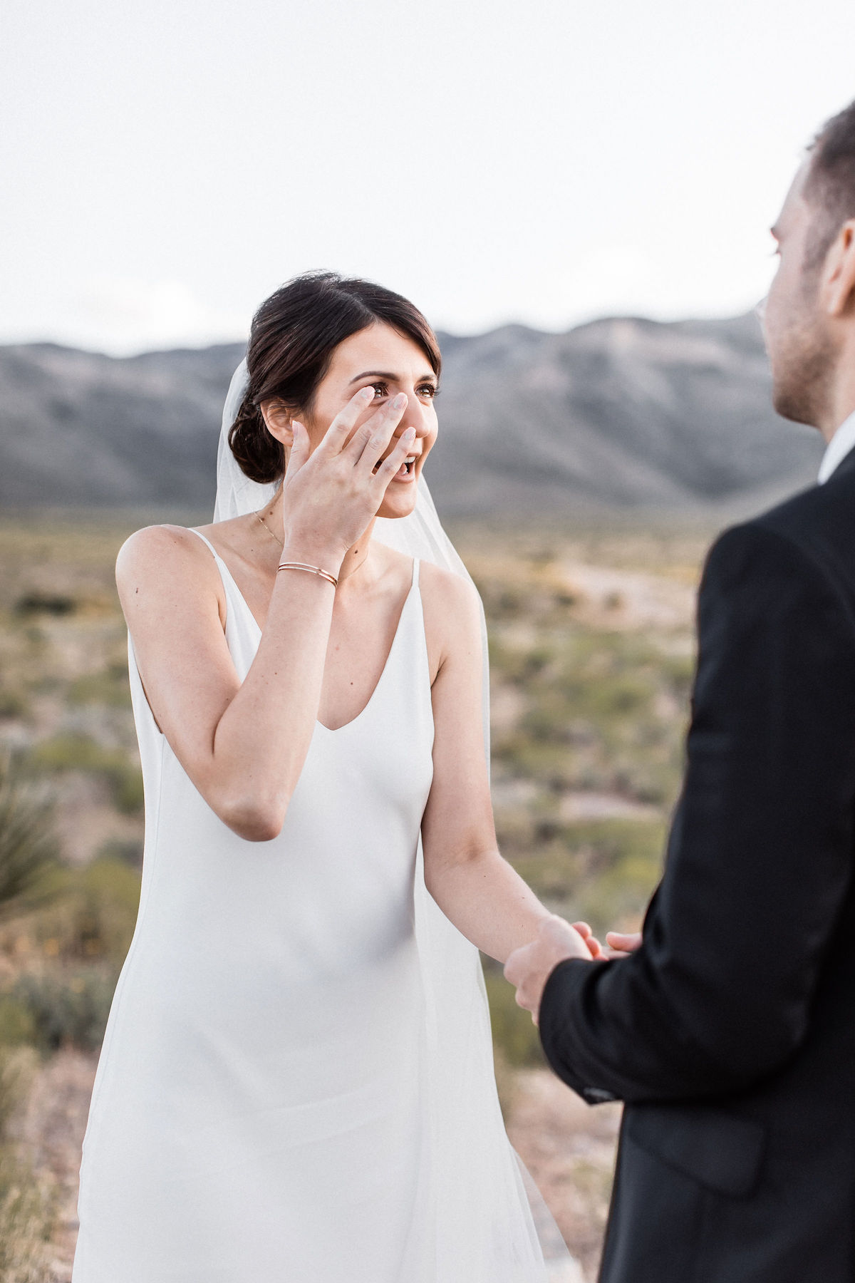 intimate red rock canyon elopement00033.jpg