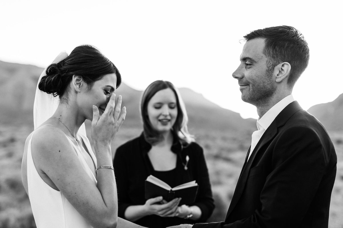 intimate red rock canyon elopement00035.jpg