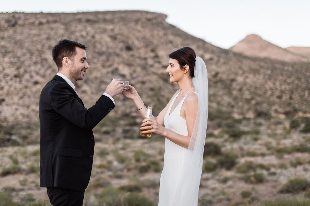 intimate red rock canyon elopement00048.jpg