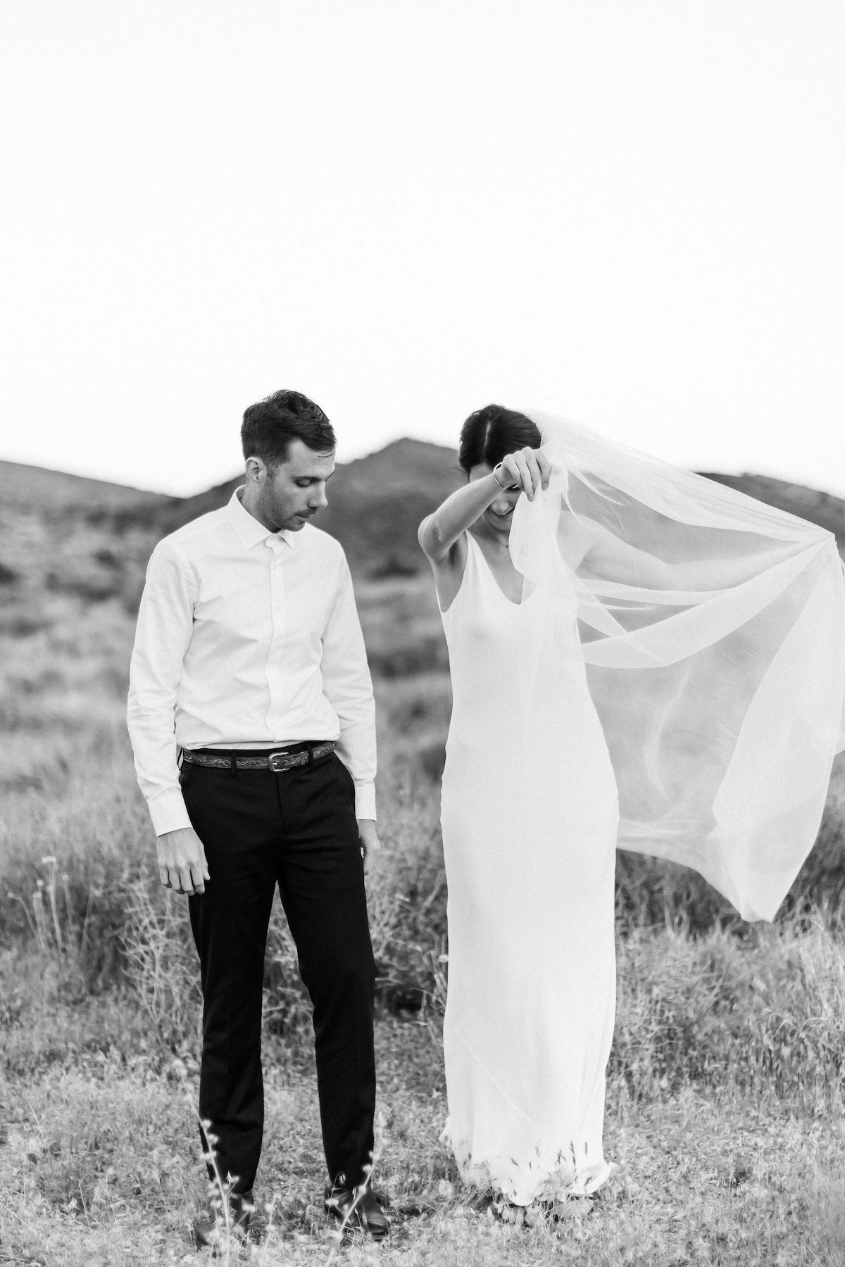 intimate red rock canyon elopement00011.jpg