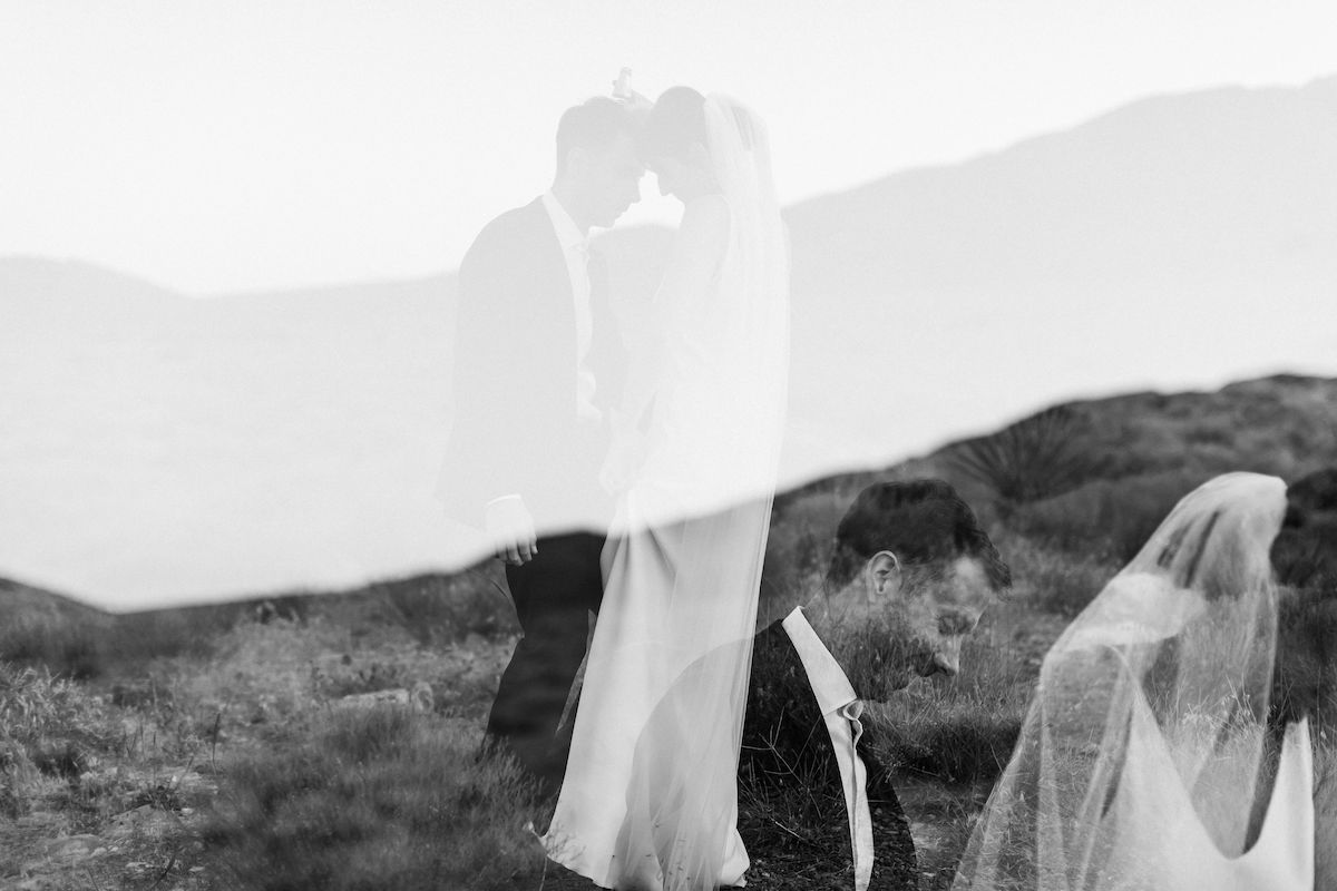 intimate red rock canyon elopement00023.jpg