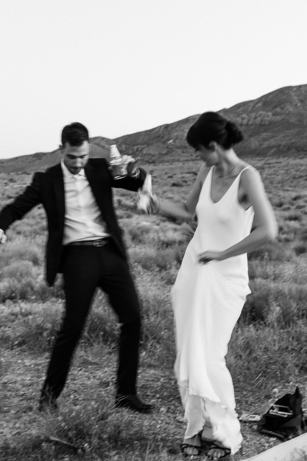 intimate red rock canyon elopement00026.jpg