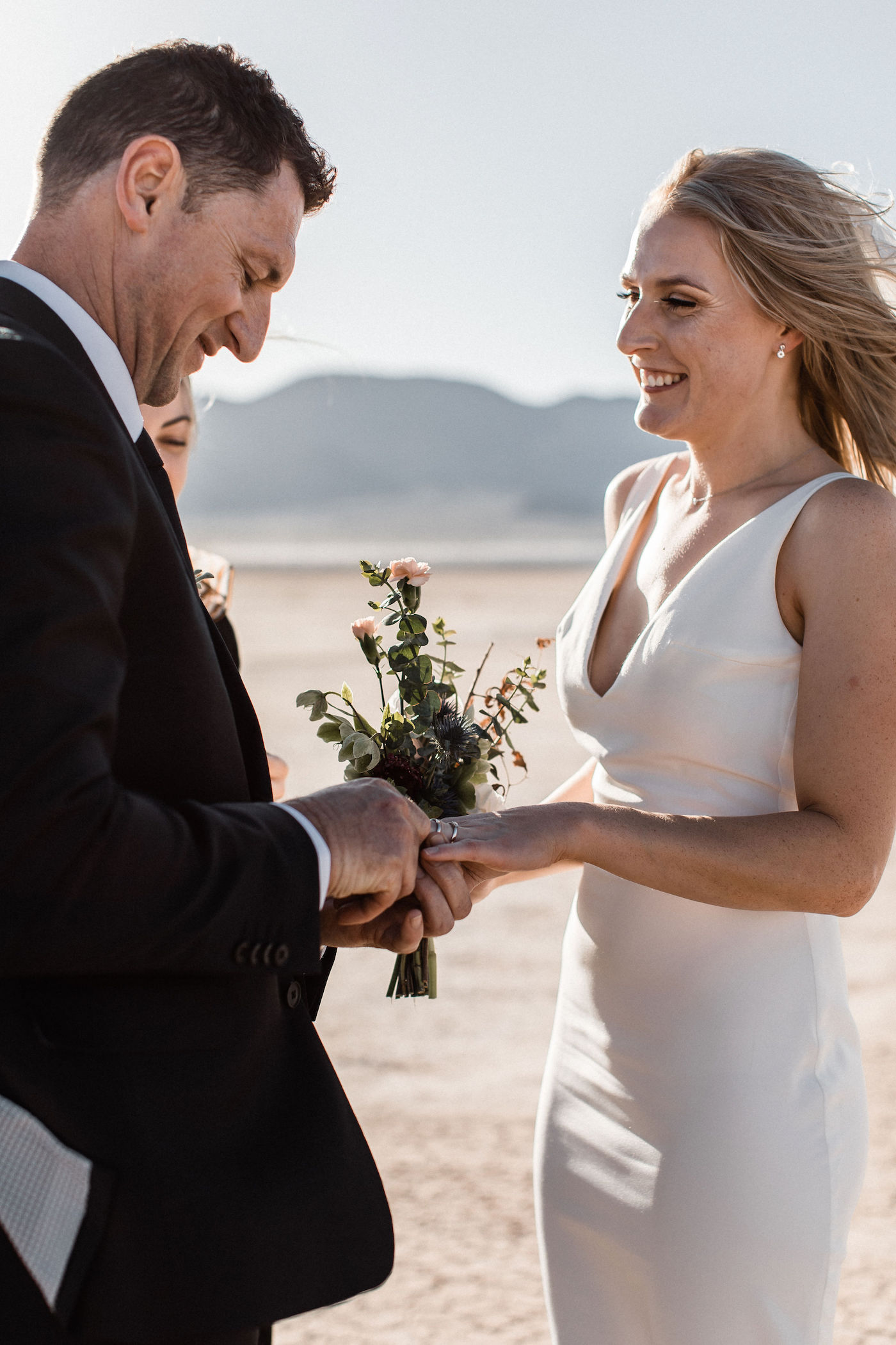 intimate flora pop las vegas elopement at dry lake bed00005.jpg