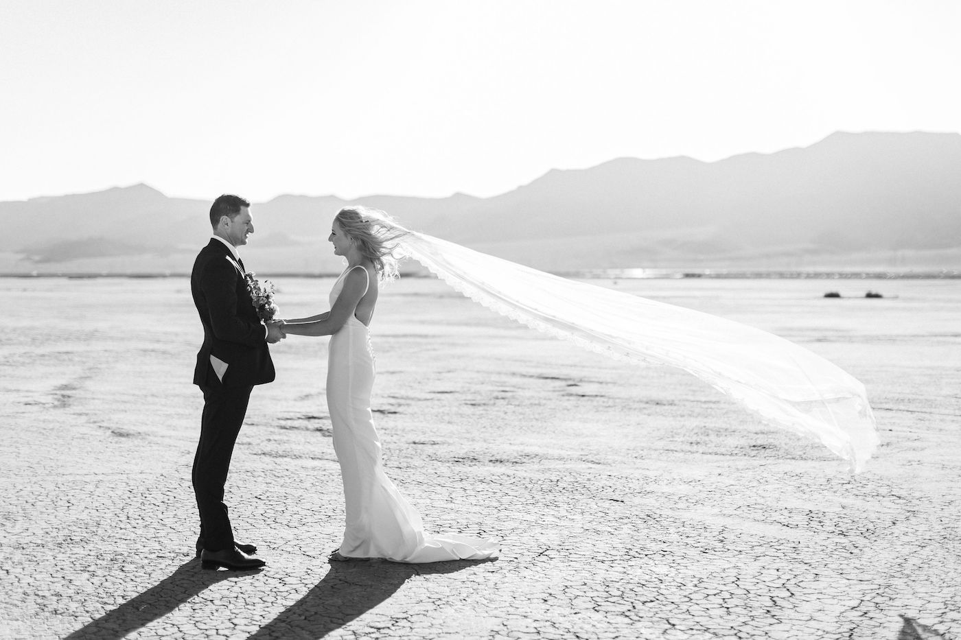 intimate flora pop las vegas elopement at dry lake bed00004.jpg