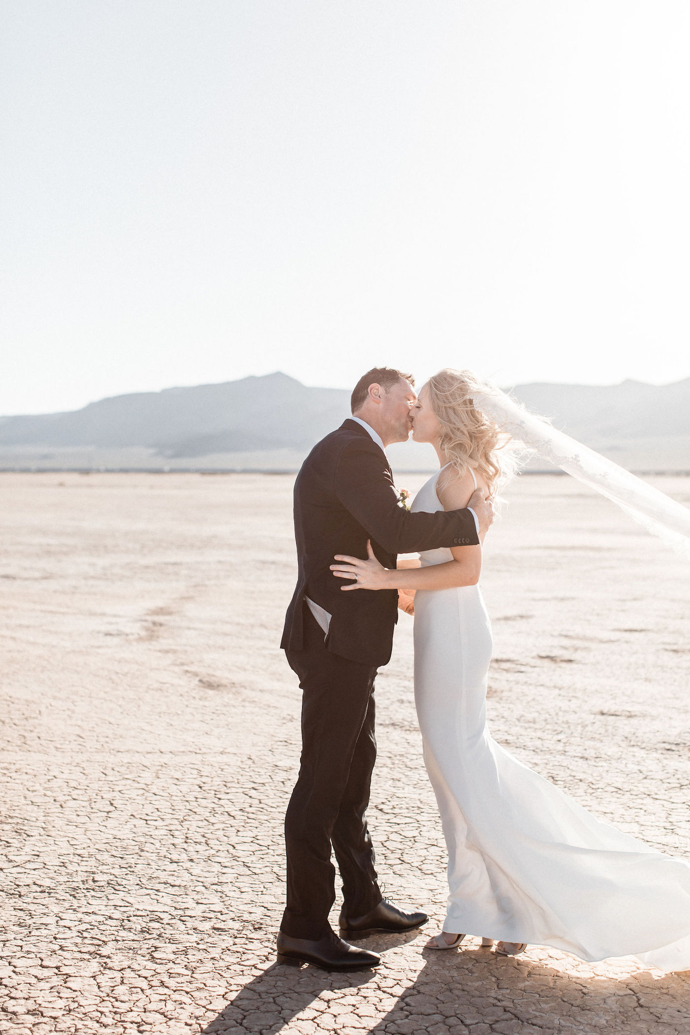 intimate flora pop las vegas elopement at dry lake bed00007.jpg