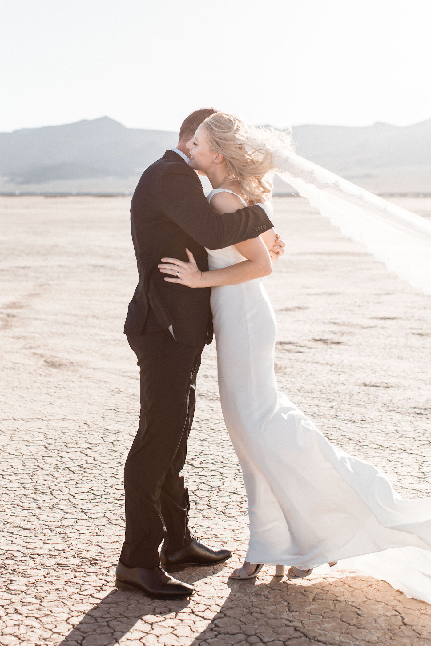 intimate flora pop las vegas elopement at dry lake bed00008.jpg