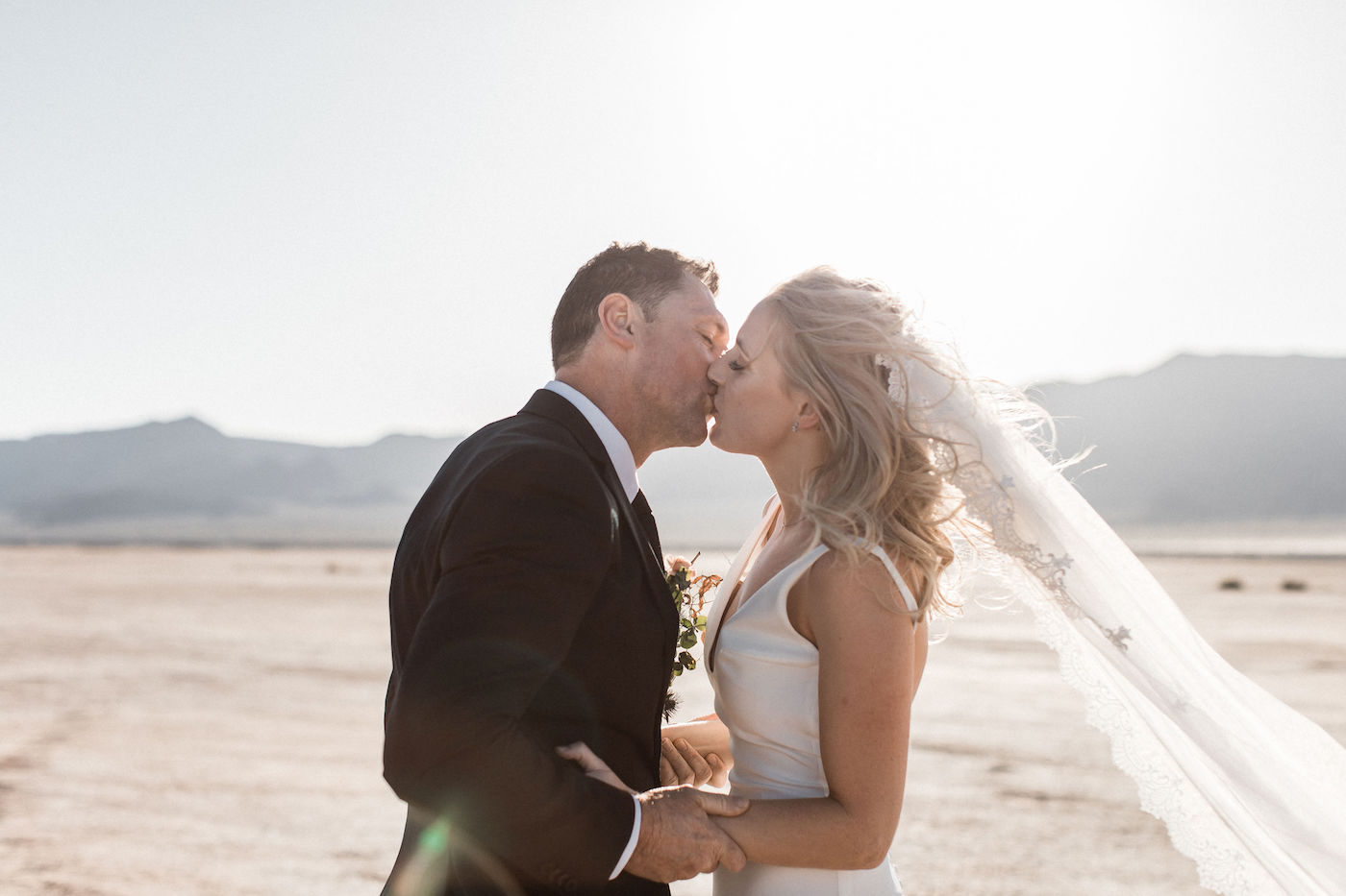 intimate flora pop las vegas elopement at dry lake bed00009.jpg