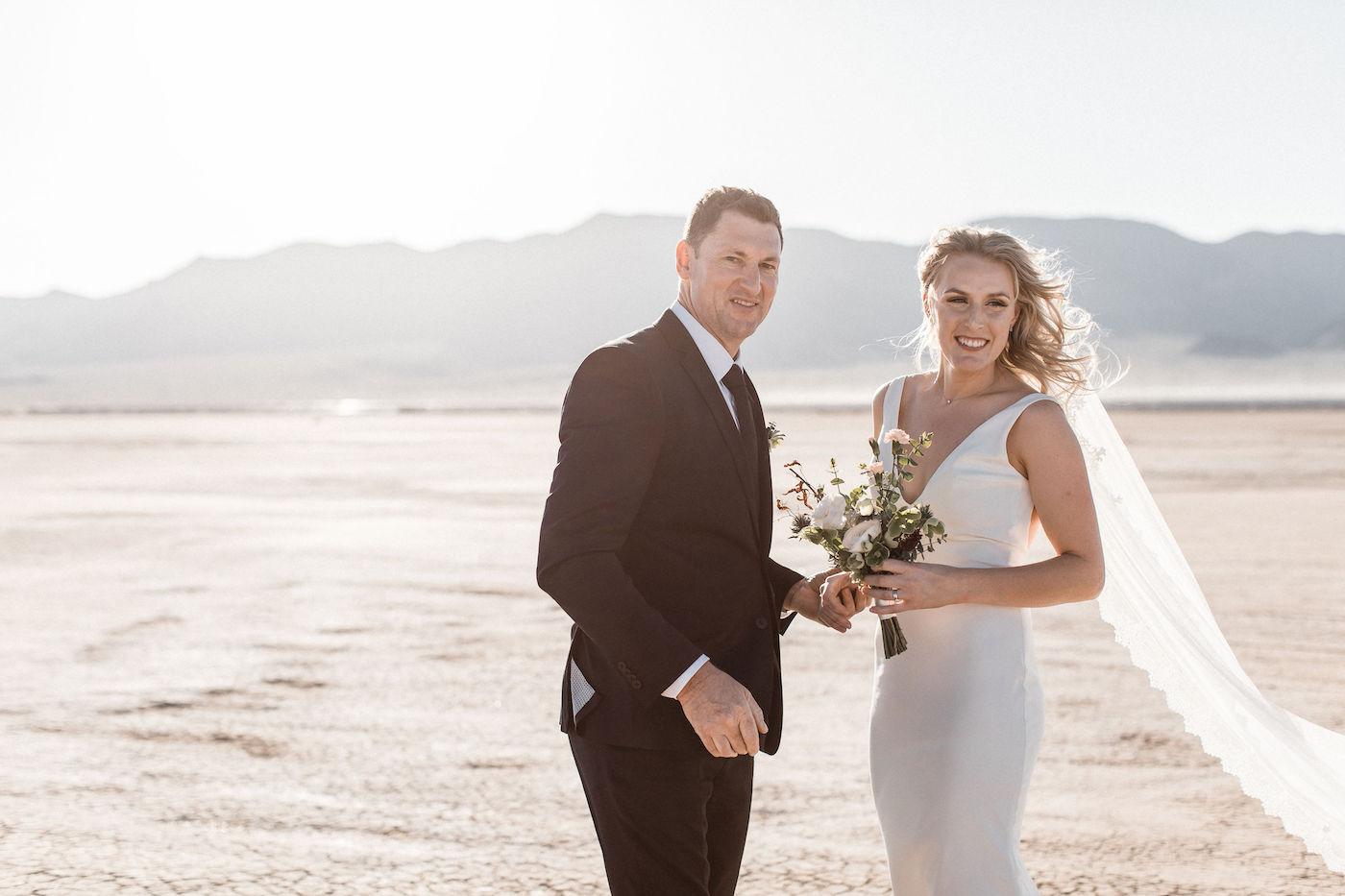 intimate flora pop las vegas elopement at dry lake bed00010.jpg