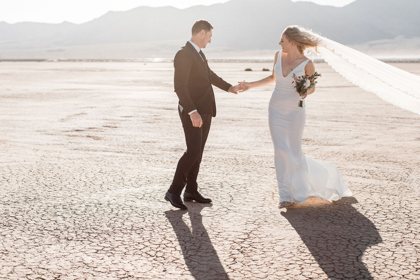 intimate flora pop las vegas elopement at dry lake bed00012.jpg