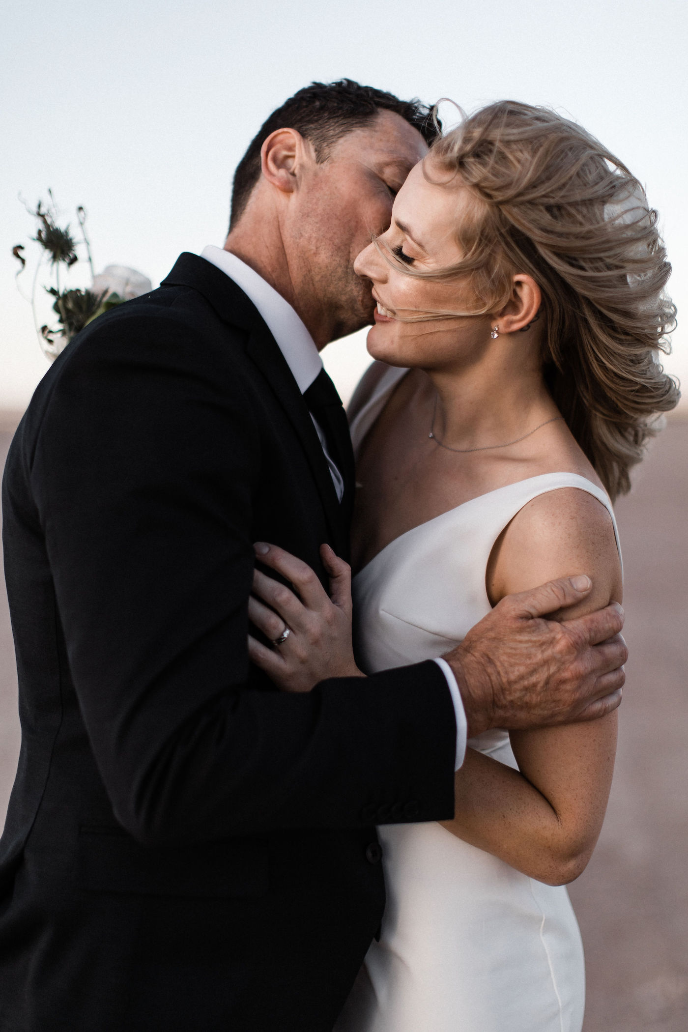intimate flora pop las vegas elopement at dry lake bed00019.jpg