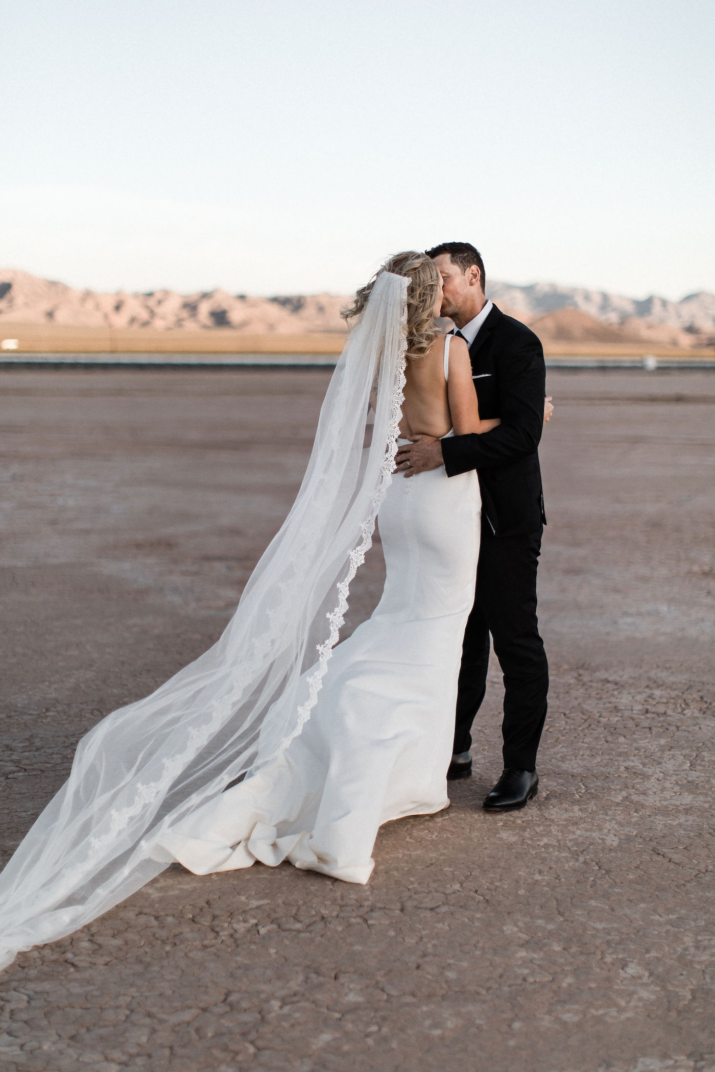 intimate flora pop las vegas elopement at dry lake bed00025.jpg