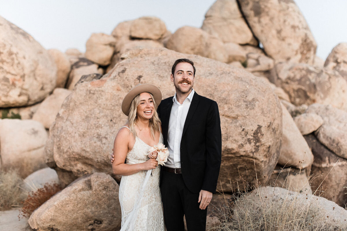 joshua tree elopement with flora pop00020.jpg