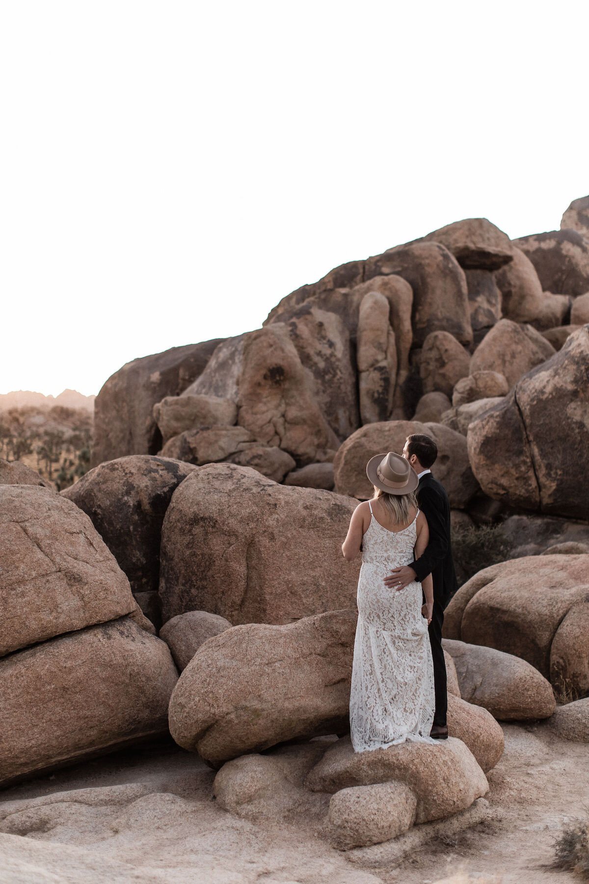 joshua tree elopement with flora pop00025.jpg