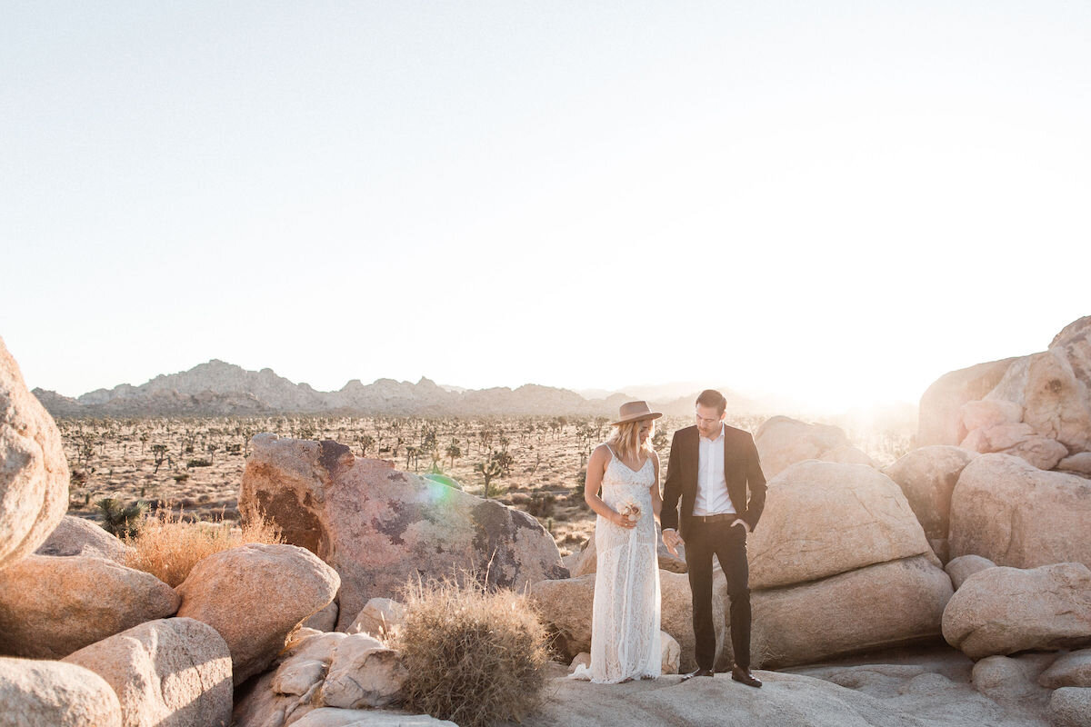 joshua tree elopement with flora pop00008.jpg