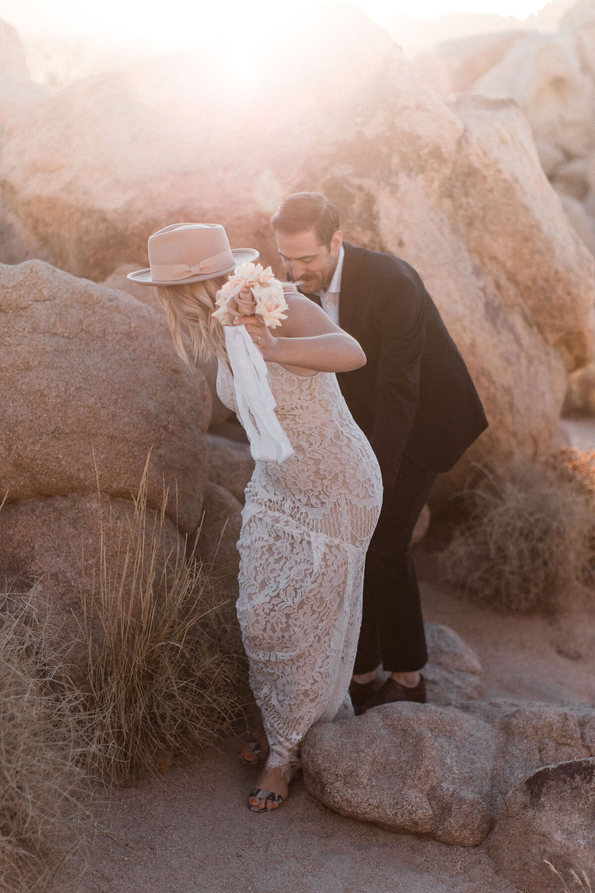 joshua tree elopement with flora pop00044.jpg