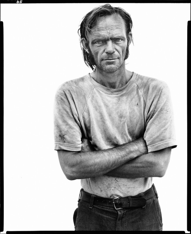 Bill Curry, drifter, photographed by Avedon along Interstate 40, Oklahoma,   1980.