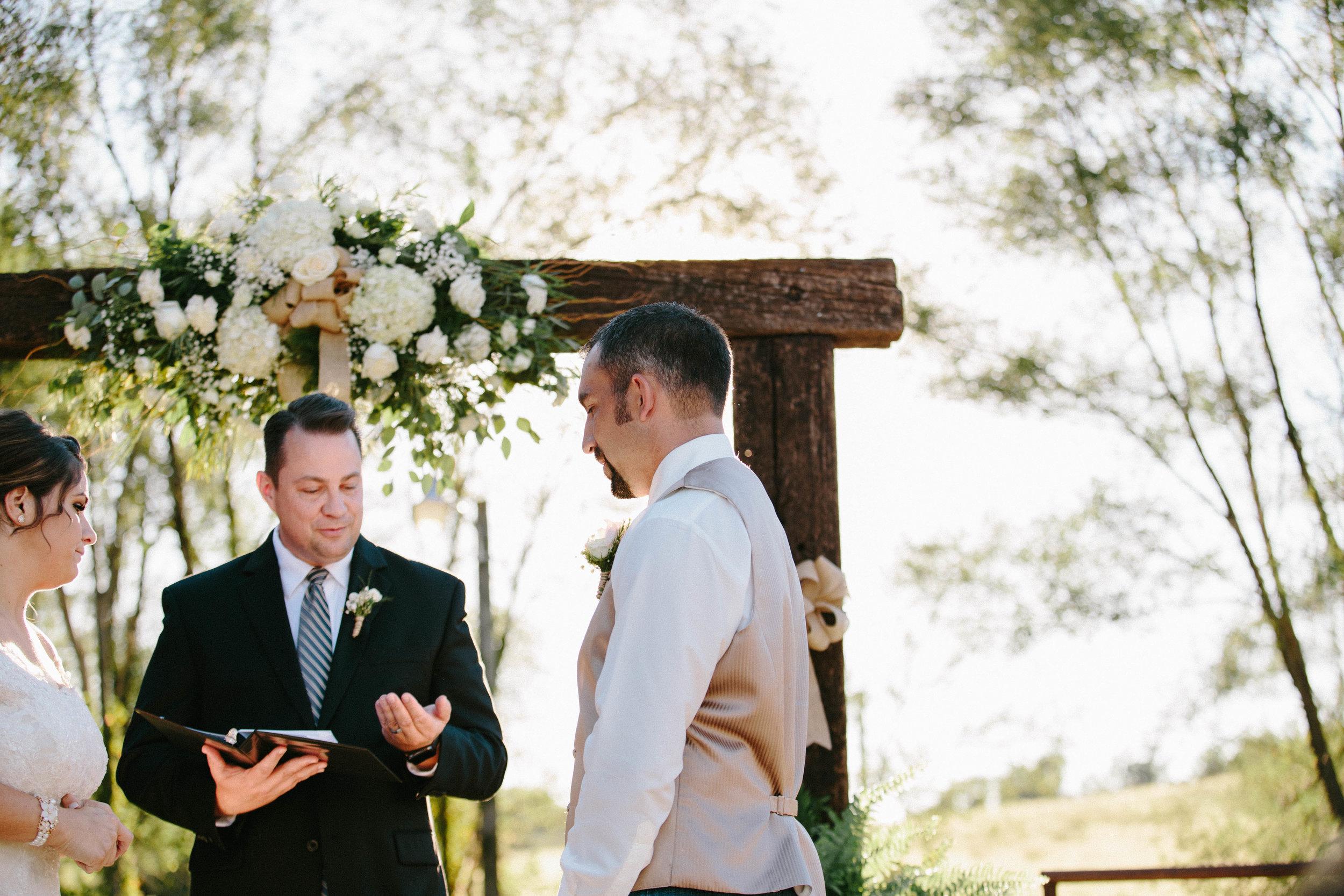 Sasha & Todd Wedding | Hannahill Photography | Kansas City, MO