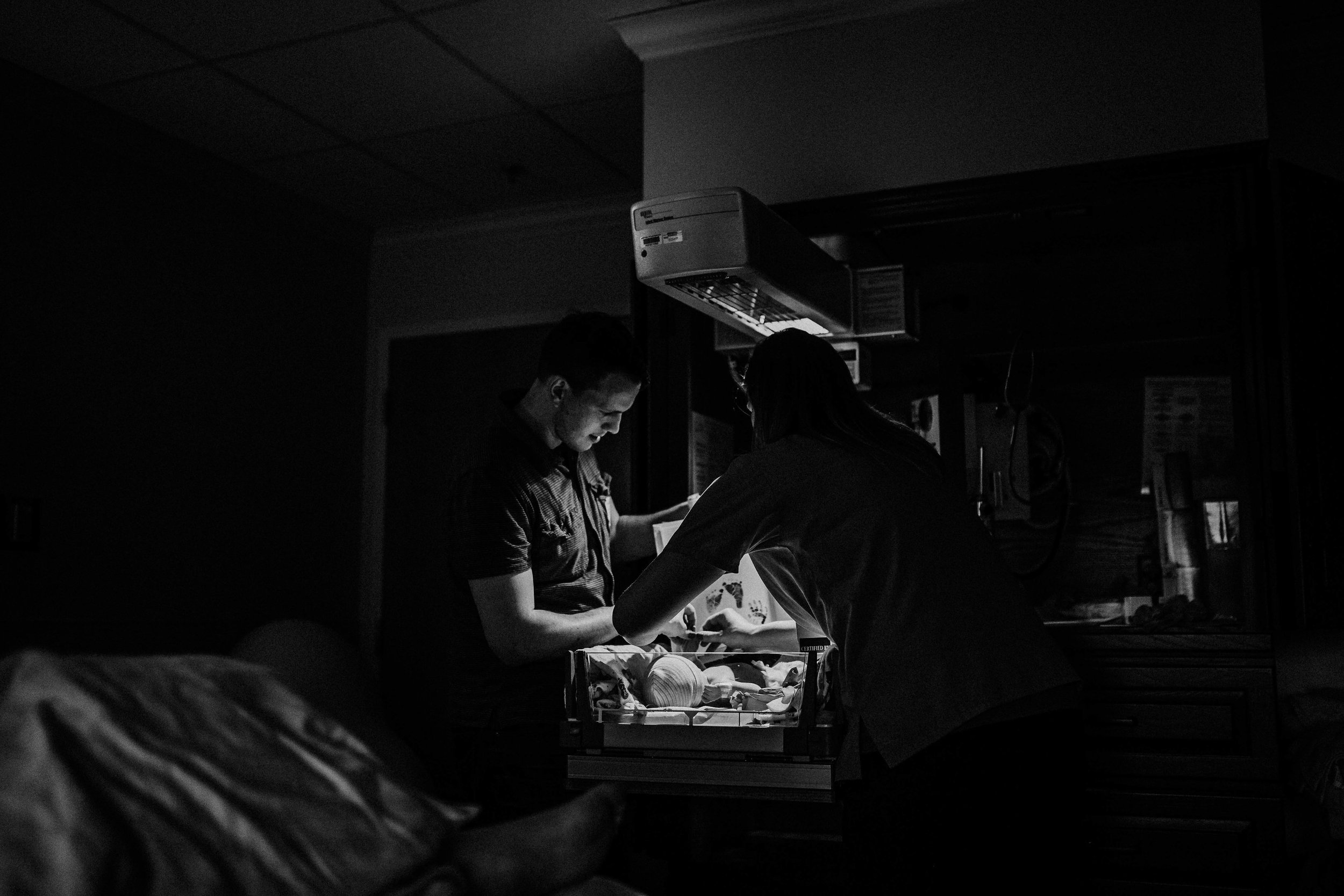 G&C Overland Park Birth Story | Hannahill Photography | Kansas City, Mo birth Photographer | Overland Park Regional Medical Center | documentary birth story | birth becomes her | birth is beautiful| empowering birth photography | motherhood rising