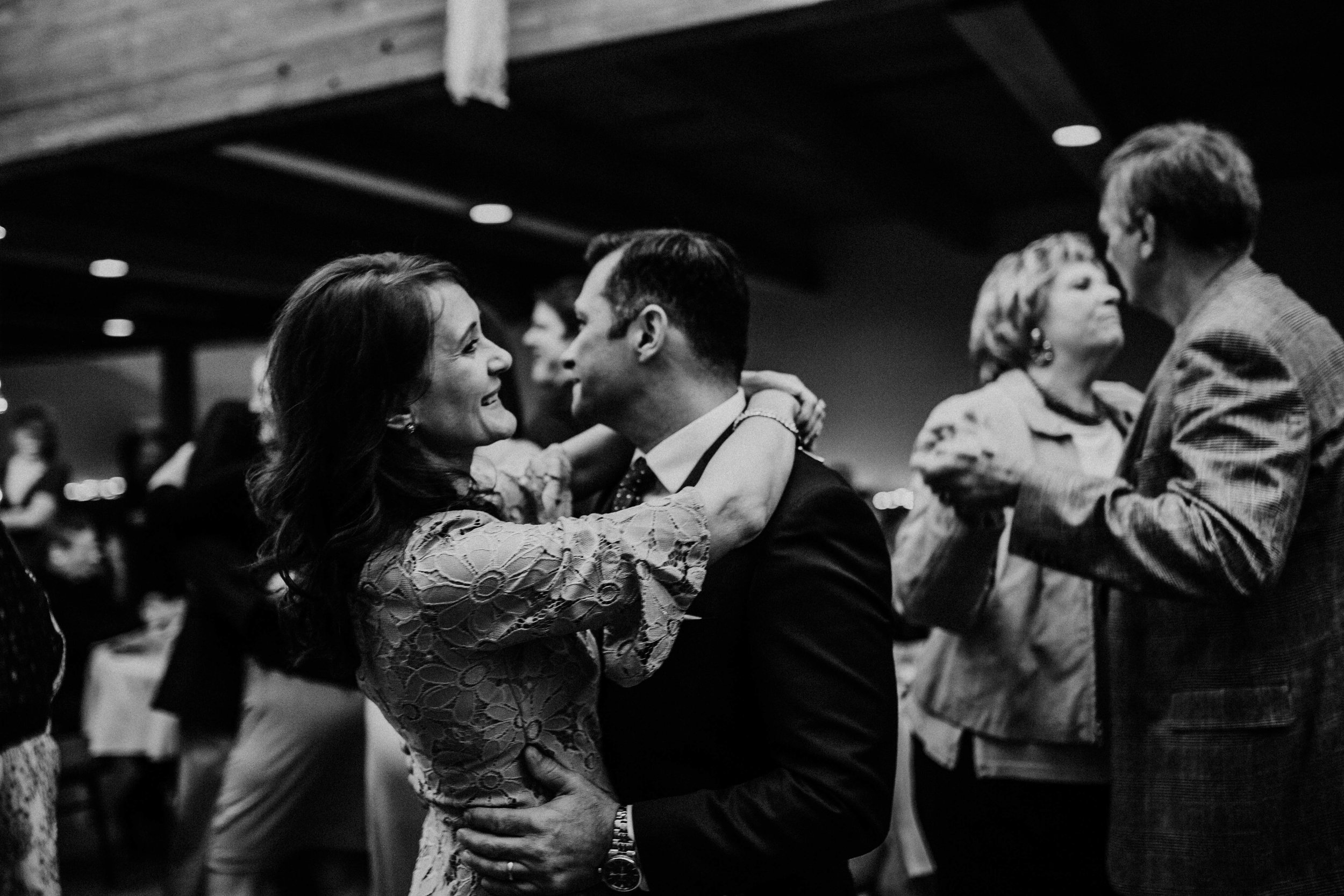 Bert & Lauren's North Kansas City Spring Wedding | Hannahill Photography | Raleigh Durham Photographer | North Carolina Wedding Photography | Family Photographer | Wedding photographer | The brides aunt and uncle share a dance at the reception