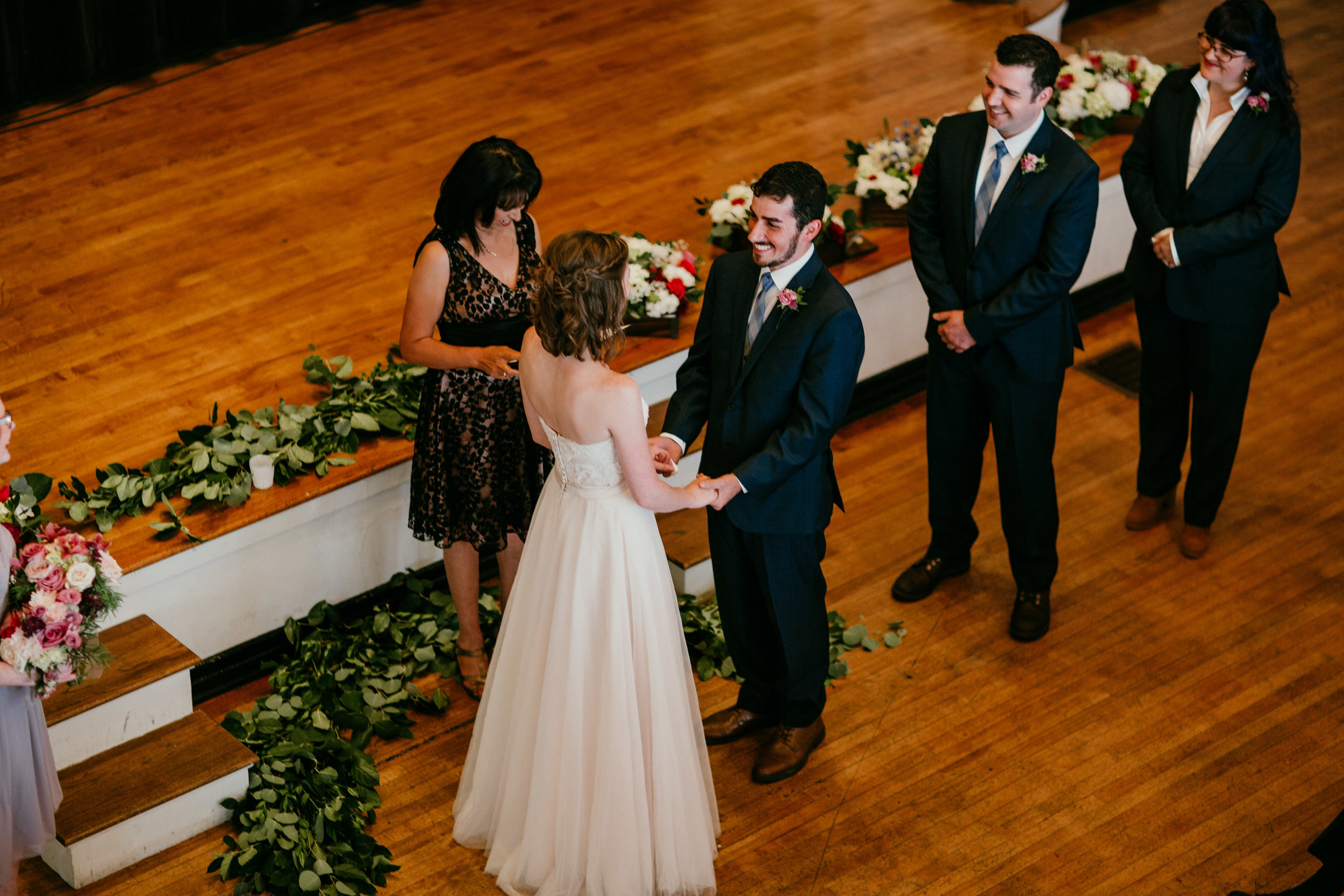 Ceremony of Shelbie & Jospeh's Summer Love Story : Kansas City Wedding | Hanna Hill Photography