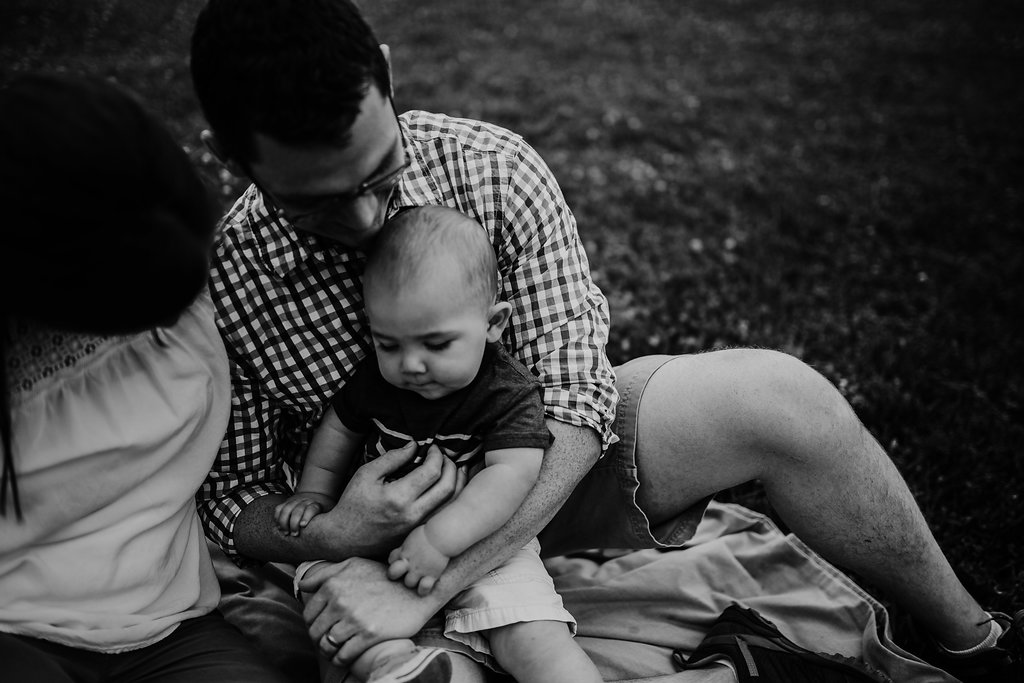 family black and white photo | Family session at Tomahawk Creek park in Overland Park, kS | The McCoy Family | Hanna Hill Photography | Raleigh/Durham, NC Family Photographer