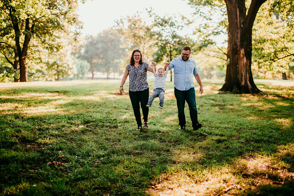 Family at the Loose Park portrait | The Hann Family | Hanna Hill Photography | Durham, NC Family photographer
