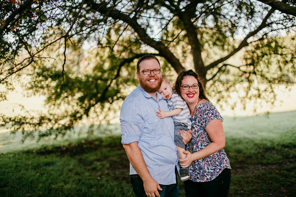 Family portrait smiling at the park | The Hann Family | Hanna Hill Photography | Durham, NC Family photographer