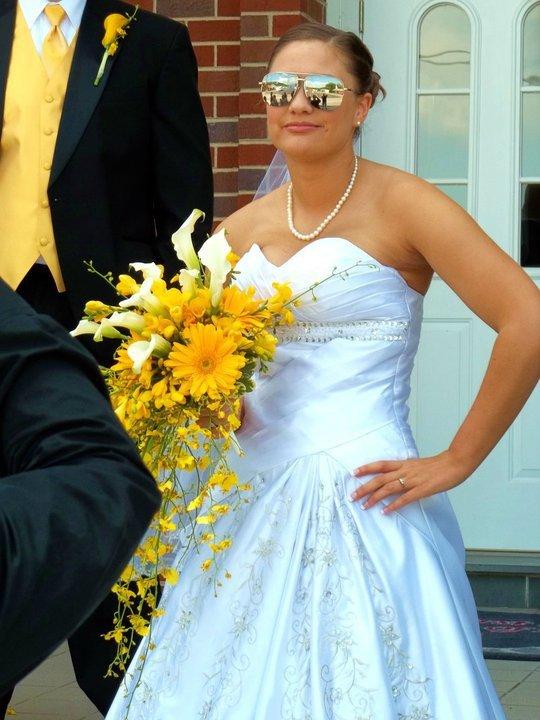 Coolest Brides in WNC use Swannanoa Flower Shop.jpg