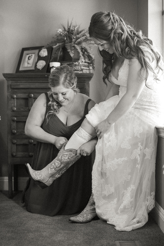Andrew_and_Michelle_ByronCA_Leer_Vineyards_wedding-20.jpg
