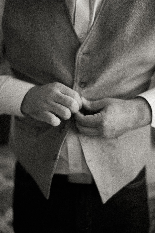 Andrew_and_Michelle_ByronCA_Leer_Vineyards_wedding-31.jpg