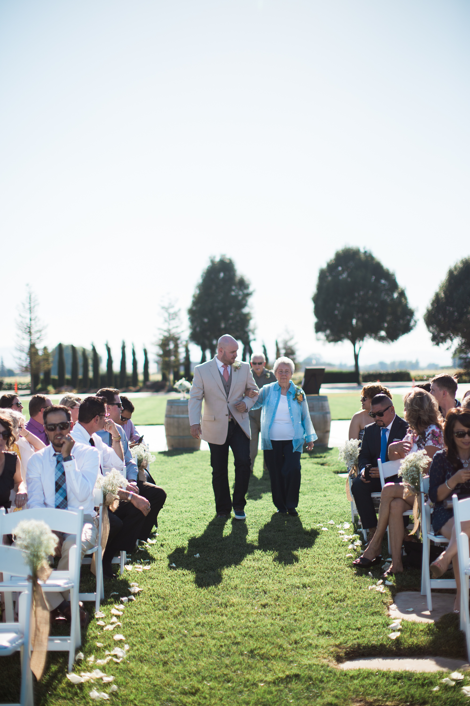 Andrew_and_Michelle_ByronCA_Leer_Vineyards_wedding-54.jpg