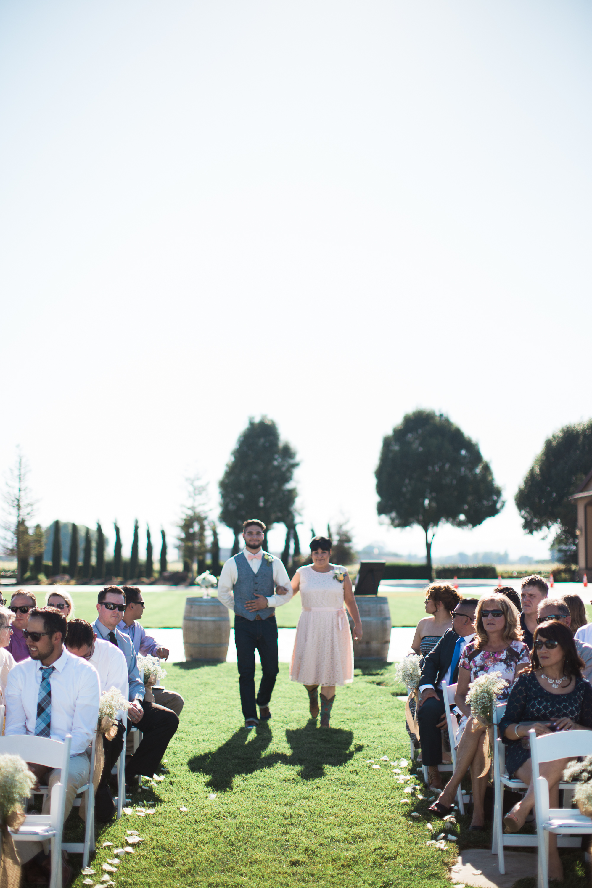 Andrew_and_Michelle_ByronCA_Leer_Vineyards_wedding-55.jpg